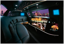 Lincoln-Stretch-Limo-Interior